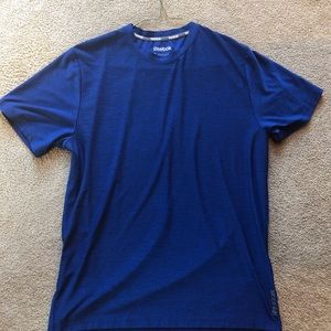 Reebok Men's Medium T-Shirt